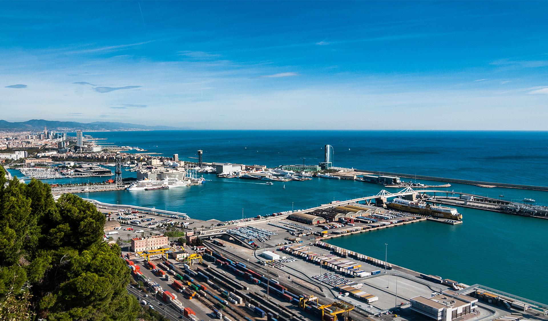 Panorama del porto di Barcellona